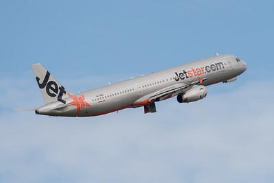 MMPI_20210227_MMPI0078_0015 - Jetstar Airbus A321-231 VH-VWX as flight JQ563 climbing after takeoff from Brisbane (YBBN) en route for Melbourne (YMML).
