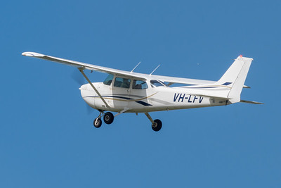 _7R49678 -  Cessna 172N VH-LFV climbs after takeoff from Archerfield (YBAF).