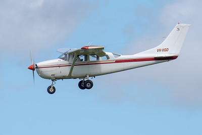 _7R49639 -  Cessna U206G VH-XGD on approach to Archerfield (YBAF).