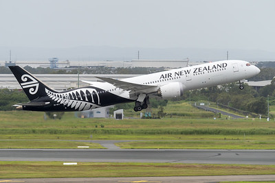 MMPI_20210403_MMPI0078_0010 - Air New Zealand Boeing 787-9 Dreamliner ZK-NZJ as flight NZ746 takes off from brisbane (YBBN) en route for Auckland (NZAA).