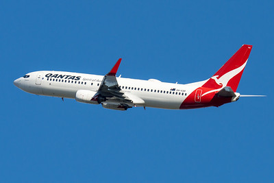 "MMPI_20210520_MMPI0078_0021 - QANTAS Boeing 737-838 VH-VXR ""Shepparton"" takes off from Brisbane (YBBN)."