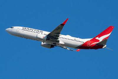 "MMPI_20210520_MMPI0078_0017 - QANTAS Boeing 737-838 VH-VZI ""Ballina"" takes off from Brisbane (YBBN)."