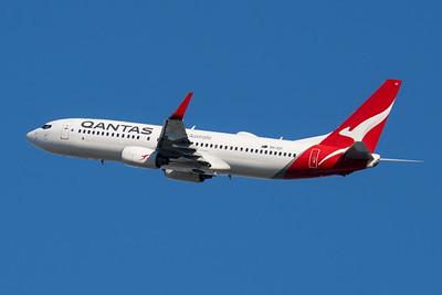"MMPI_20210520_MMPI0078_0018 - QANTAS Boeing 737-838 VH-VZI ""Ballina"" takes off from Brisbane (YBBN)."