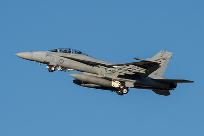 MMPI_20210724_MMPI0085_0019 - Royal Australian Air Force Boeing F/A-18F Super Hornet A44-220 performing a missed approach at RAAF Amberley (YAMB) after a mission as part of exercise Talisman Sabre 2021.