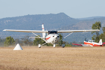 MMPI_20210919_MMPI0078_0001 -  Cessna   takes off from Gatton Airpark (YGAS).