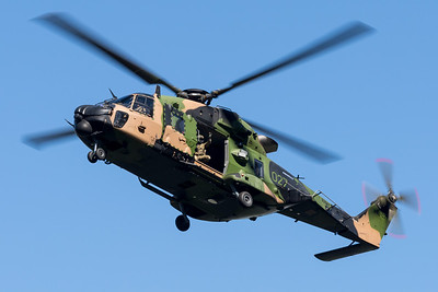 MMPI_20210923_MMPI0078_0016 - Australian Army NHIndustries MRH-90 Taipan A40-027 performing its flying display practice for Brisbane Festival Riverfire 2021.
