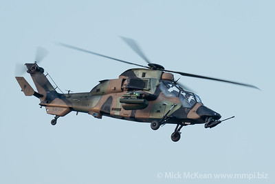 _A730034 - Australian Army Eurocopter Tiger ARH A38-008 performing its display at Brisbane Riverfire 2021 event.