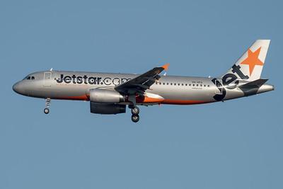 _7R47581 - Jetstar Airbus A320-232 VH-VFD as flight JQ935 on approach to Brisbane (YBBN) ex Cairns (YBCS).