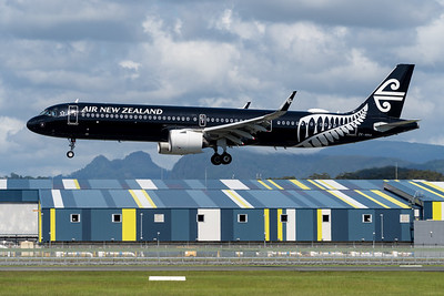MMPI_20200216_MMPI0063_0057 - Air New Zealand Airbus A321-271NX ZK-NNA as flight NZ937 on approach to Gold Coast Airport (YBCG) ex Auckland (NZAA).