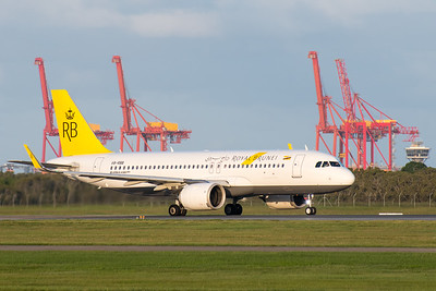 MMPI_20200229_MMPI0063_0058 - Royal Brunei Airlines Airbus A320-251N V8-RBB as flight BI10 begins its takeoff roll at Brisbane Airport (YBBN) bound for Brunei (WBSB).