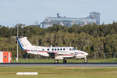 MMPI_20200229_MMPI0063_0037 - Royal Flying Doctor Service Beech B200C Super King Air VH-FDT landing at Brisbane Airport (YBBN) ex Barcaldine (YBAR).