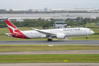 MMPI_20210403_MMPI0078_0011 - Qantas Boeing 787-9 Dreamliner VH-ZNF as flight QF15 takes off from brisbane (YBBN) en route for Los Angelese (KLAX).