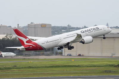 MMPI_20210403_MMPI0078_0014 - Qantas Boeing 787-9 Dreamliner VH-ZNF as flight QF15 takes off from brisbane (YBBN) en route for Los Angelese (KLAX).
