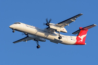 "MMPI_20200322_MMPI0063_0055 - QantasLink Bombardier Q400 VH-QOJ ""Riverina"" as flight QLK723D on approach to Brisbane Airport (YBBN) ex Chinchilla (YCCA)."