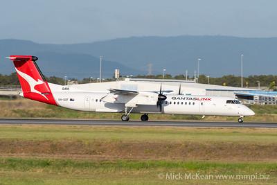 MMPI_20201126_MMPI0063_0002 - QantasLink Bombardier Q400 VH-QOF as flight QF2758 takes off from Brisbane (YBBN) en route for Moranbah (YMRB).