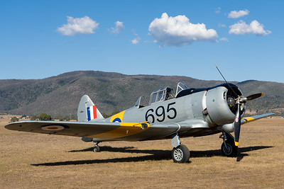MMPI_20201016_MMPI0075_0096 -  CAC CA-16 Wirraway VH-MFW parked at Red Thunder TFC 2020.