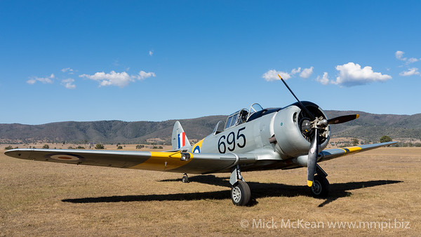 MMPI_20201016_MMPI0075_0094 -  CAC CA-16 Wirraway VH-MFW parked at Red Thunder TFC 2020.