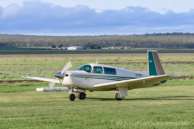 MMPI_20200308_MMPI0065_0035 -  Mooney M20J VH-MVO landing at 2020 Clifton fly-in.