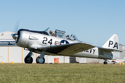 MMPI_20210516_MMPI0082_0175 -  North American SNJ-5 Texan VH-USN taxiing at David Hack Classic 2021 fly-in event.