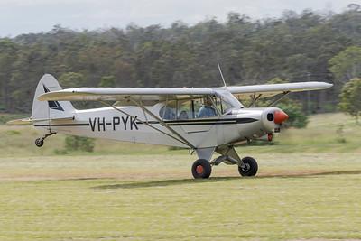 MMPI_20210411_MMPI0078_0076 -  Piper PA-18-150 Super Cub VH-PYK takes off at Auster Meet April 2021.
