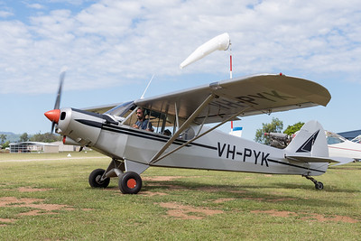 MMPI_20210411_MMPI0078_0072 -  Piper PA-18-150 Super Cub VH-PYK taxiing at Auster Meet April 2021.
