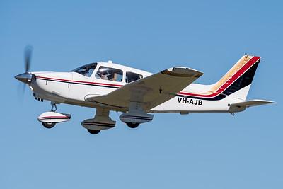 MMPI_20210516_MMPI0082_0125 -  Piper PA-28-236 Dakota VH-AJB takes off at David Hack Classic 2021 fly-in event.