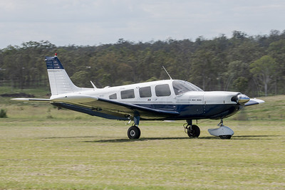 MMPI_20210411_MMPI0078_0099 -  Piper PA-32-300 Cherokee Six VH-SVI takes off at Auster Meet April 2021.