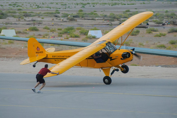 Bob Discount Flying Piper Cub J-3