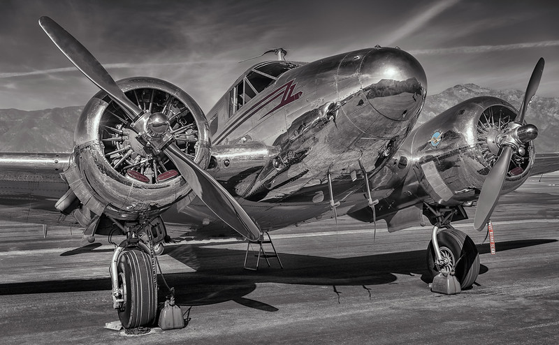 2014 Pic(k) of the week 3: Beech 18 - Twin Beech