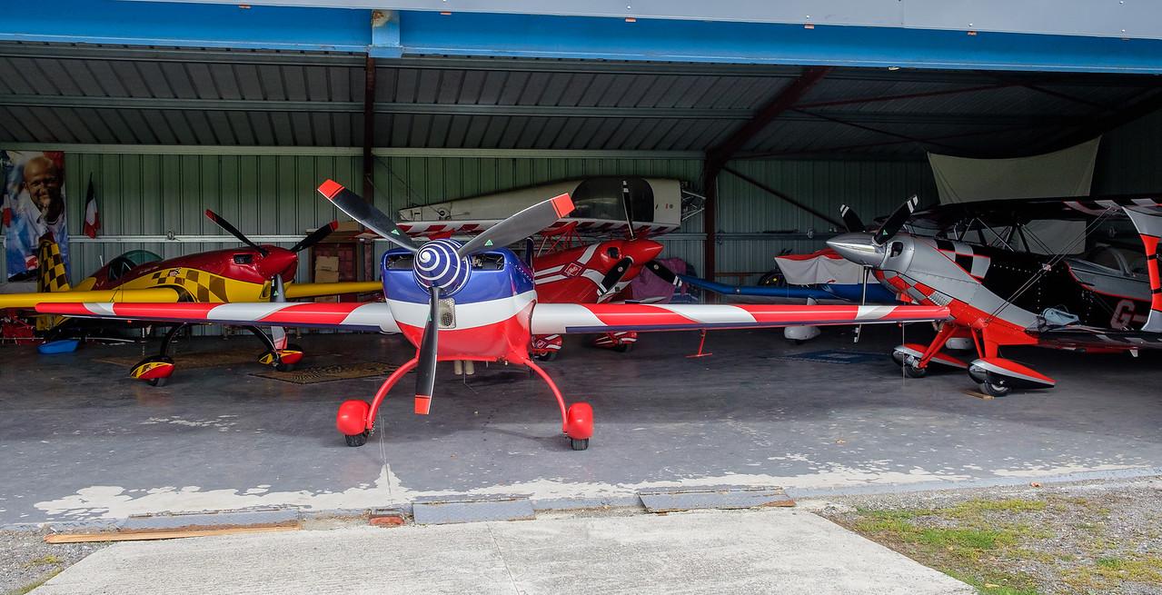 Aerobatics: Belgium 3 - France 1