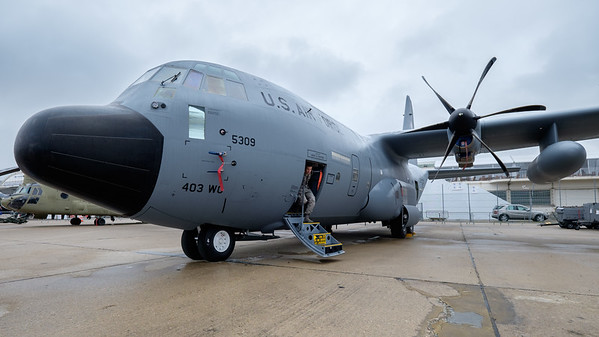 Hurricane Hunter C-130
