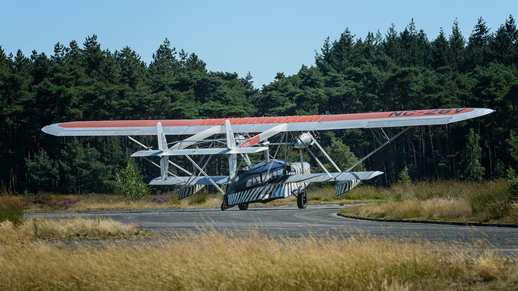 SIKORSKY S-38 OSA'S ARK at the 2012 Photoflying days, Zoersel