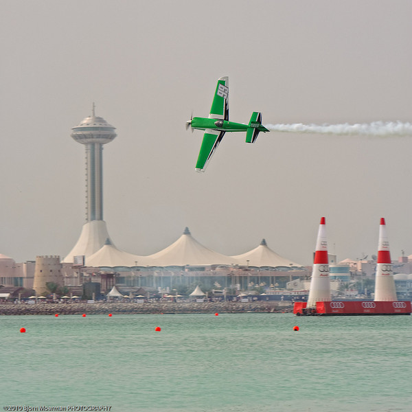 Mike Goulian at the Red Bull Air Race 2010 Abu Dhabi