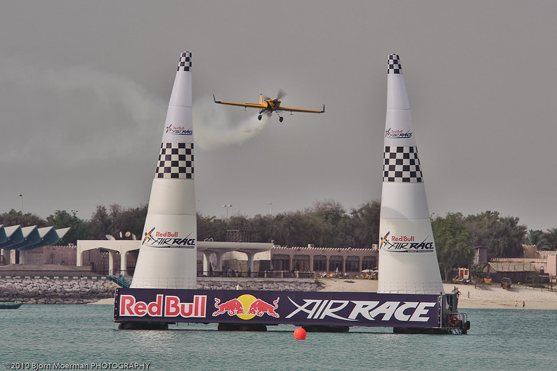 Nigel Lamb at the Red Bull Air Race 2010 Abu Dhabi
