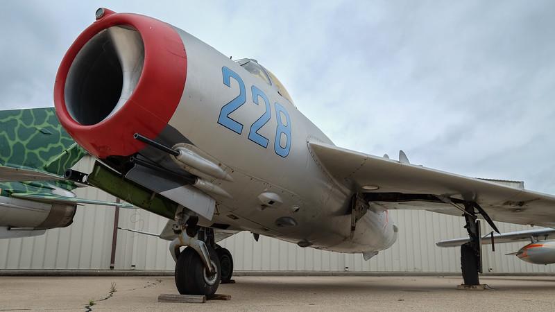 Mikoyan Gurevich MiG-15 UT1