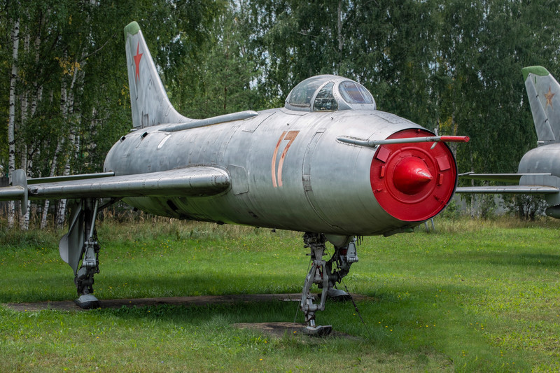 SU-7BM with a ski/skid landing gear