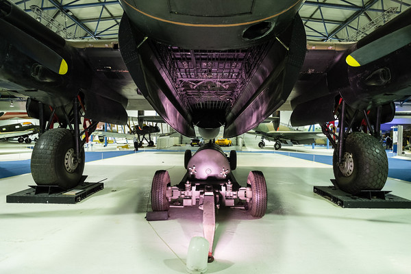Avro 683 Lancaster B. I R5868
