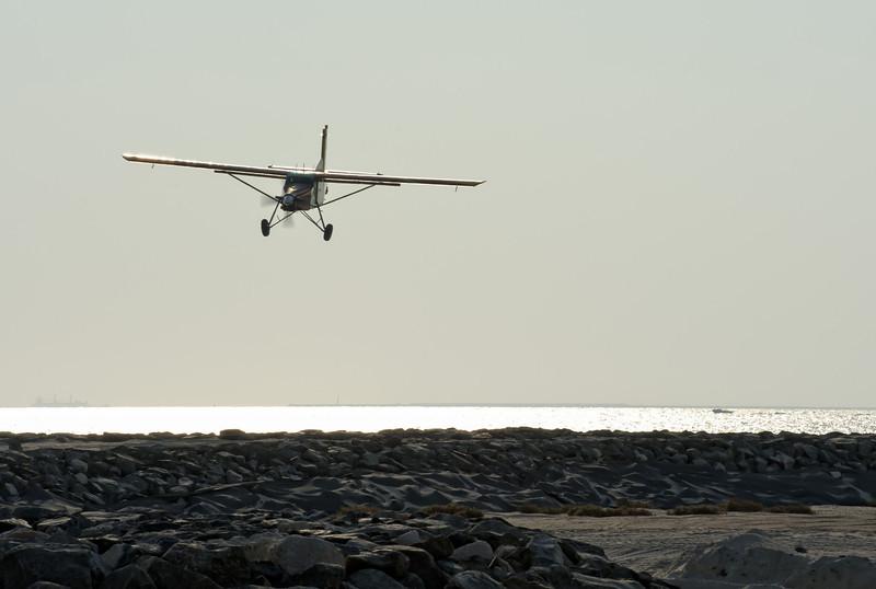 Pilatus landing at Skydive Dubai