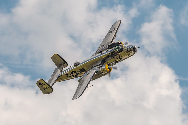 "North American B-25 ""Yankee Warrior"""