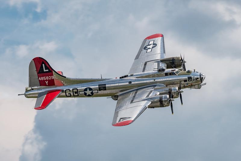 "Boeing B-17 ""Yankee Lady"""