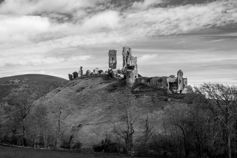 Corfe Castle, Black and White