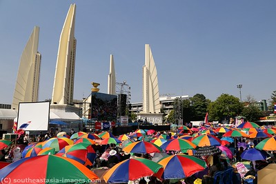 Anti-Government Protests, Democracy Monument, Bankgkok 21Dec13 (4)