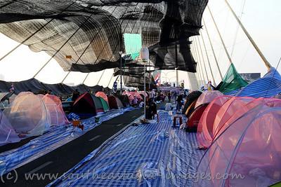Bangkok Shutdown, Rama VIII Bridge, 18Jan13 (25)