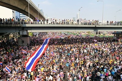 Anti-Government Protests,Silom-Saladaeng-Rama IV, Bankgkok 22Dec13 (6)