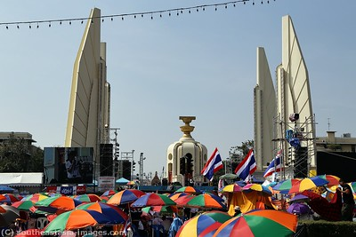 Anti-Government Protests, Democracy Monument, Bankgkok 21Dec13 (2)