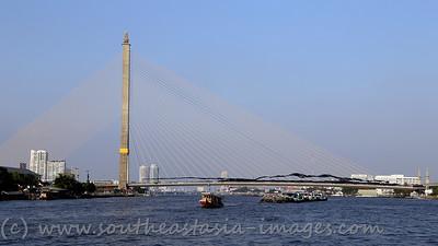Bangkok Shutdown, Rama VIII Bridge, 18Jan13 (1)