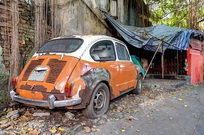 Bangkok Chinatown Old Fiat 500 (1)