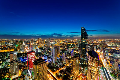 Bangkok Downtown Dusk Cityscape & MahaNakhon Tower