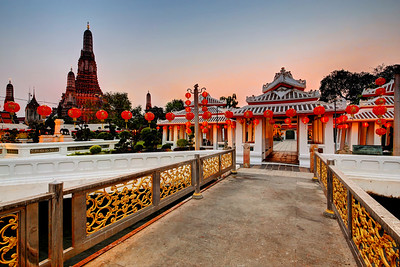 Entrance to Wat Arun, Bangkok (1)