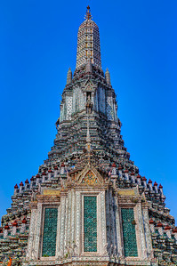 Chedi of Wat Arun (Detail), Bangkok (2)